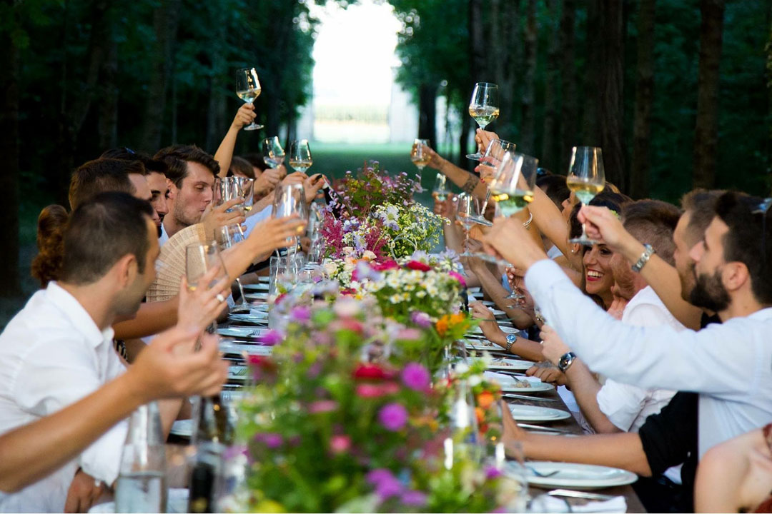 how to plan the perfect date for your wedding